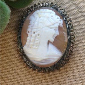 Jewelry - Real Carved Shell Cameo Pendant Brooch